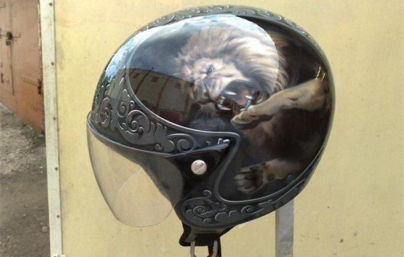 аэрография на мото шлеме