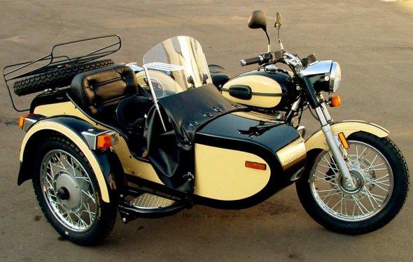 мотоцикла УРАЛ с коляской